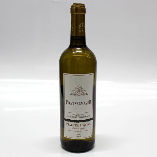 Víno b. PESECKÁ LEÁNKA suché PRETZELMAYER 0,75l SK 1