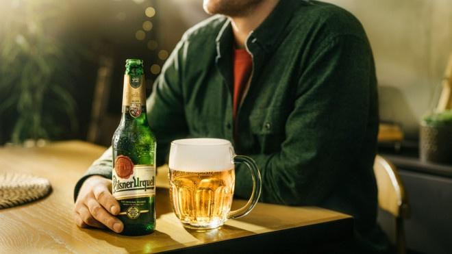 Ako si doma správne naservírovať pivo, aby si zachovalo svoju plnú chuť?