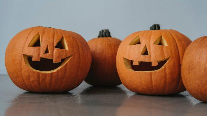 Tipy, ako správne vyrezať halloweensku tekvicu?